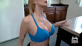 Joslyn James in Mom...
