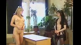 Two girls in a thresome...anal