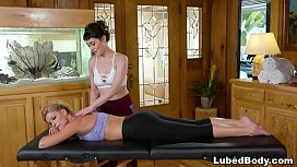 Masseur India Summer teaching...