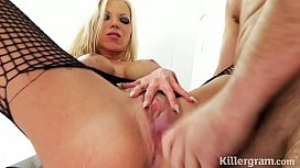 Sexy blonde in hardcore...
