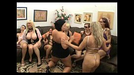 Porn trannies cum in a row for many times
