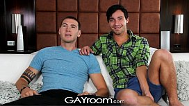 Gayroom - Twinks get lucky...