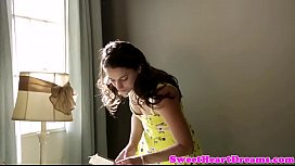 Amateur teen fingered and pussylicked