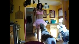 sissy feed the dogs