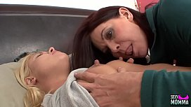 SEXYMOMMA - Teen Cutie Randee, Spreads Her Pussy Wide for Stepmommy