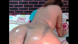 Huge Thick Latin Ass Gets Dildo Fucked