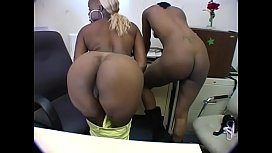 Naughty blonde and brunette ebony babes lick each other before blowing white stud