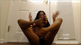 Sexy feet and squirting...