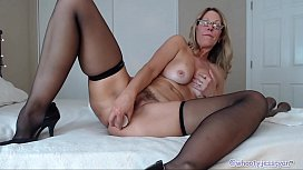 Horny Mature Camgirl The...