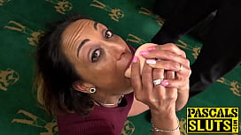Submissive UK MILF chokes...