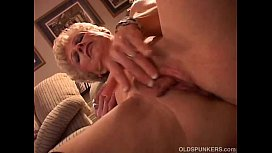 Sexy granny has a wet pussy