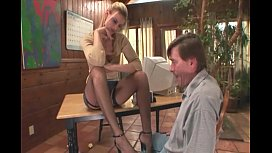 Therapist footsex with a...
