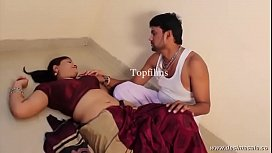 desimasala.co - Sashi aunty massage and romance by her servant xvideos preview