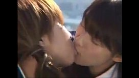 Sexy Asian Girls Kissing...