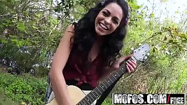 Mofos - Stranded Teens - Hippie...