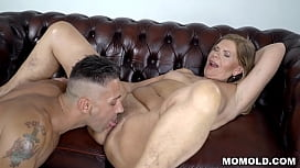 Neglected GILF Samantha gets a powerful energetic young stuf