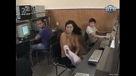 Girl Showing Her Boobs And Body Prank