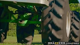 Brazzers - Big Butts Like...