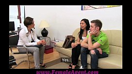 Porn old with talking lesbian