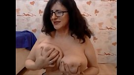 Dancing milf shows off her saggy tits - Verellix from 333bestcams.com