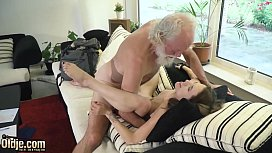 Beautiful Teen Hardcore Fucked By Old Man He Sticks His Old Cock Inside Her Young Pussy Then Shoves It In Her Mouth And Cums In Her Throat So Sexy And Wet
