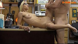 Petite amateur blonde babe gets screwed at the pawnshop