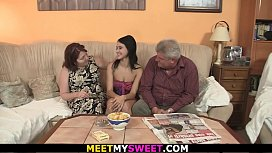 Old couple seduce his...