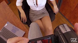 Bosses Pet - Secretary Chessie Kay is the Queen of DeepThroat