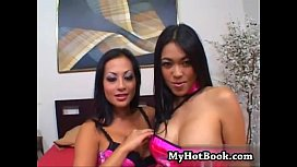 Bisexual Asian lovers Gianna...