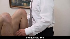 Submissive Missionary lets daddy...
