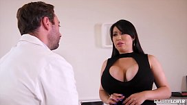Busty lovers can't wait to see Tigerr Benson double penetrated by two dicks