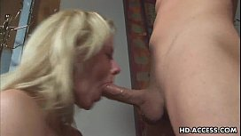 Blonde pornstar gets face...