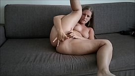 Sexy Jennifer Sucking Big...