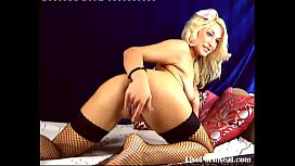 super sexy blonde fucking her holes really hard(3).flv
