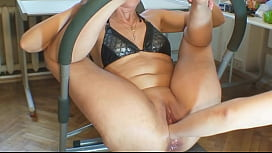 Brought to orgasm with two hands in pussy - FreeMatureCameras.com
