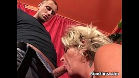Busty horny mature blonde gets her wet