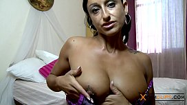 Coral Joice Webcam - Perfect Body, Big Tits and Shaved Pussy