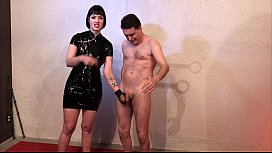 Ballbusting: Miss Snow Mercy...