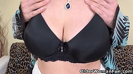 Heavy titted milf Brenda dildos her big wet pussy