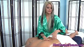 Alluring masseuse jizz...