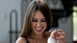 Riley Reid makes Cadence...