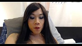 Asian shemale eat her...