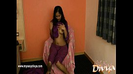 Divya Yogesh pleases herself using her Fingers xxx video