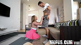 Mofos - Cheating GF Busted Banging starring (Daisy Stone)