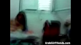 Arab girlfriend gets fucked...