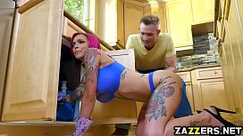 Anna Bell Peaks swallows...