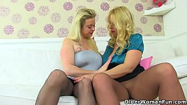 English milf Lucy loves to eat Summer'_s fanny