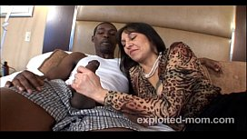 Mature milf bangs black cock and gets a big facial in Hot Mom Pussy Video