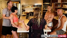 DigitalPlayground - Couples Vacation Scene...