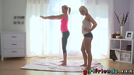 Girlfriends Sexy blondes exercise...